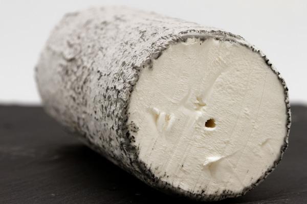 Fromage de chèvre AOP Saint-maure-de-touraine